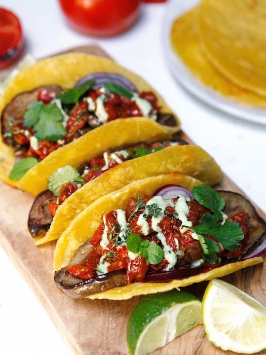 recette de Tortillas garnies à l'aubergine grillée