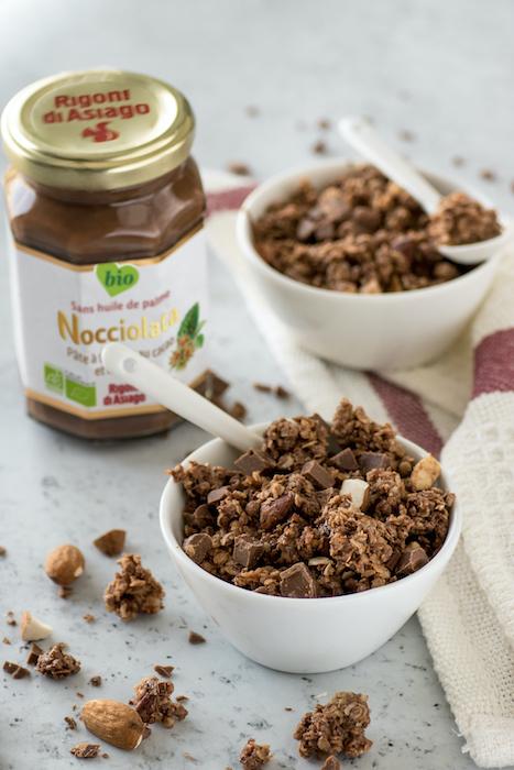 recette de Granola à la Nocciolata et aux amandes