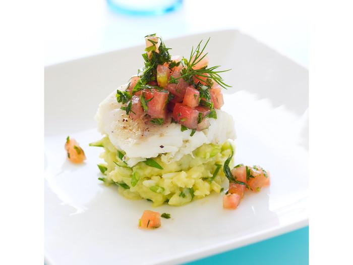 recette de Merlu poché et tartare de tomates