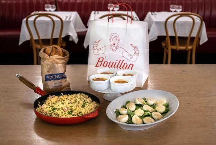 Bouillon Service