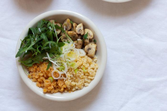 Buddha bowl aux perles de blé