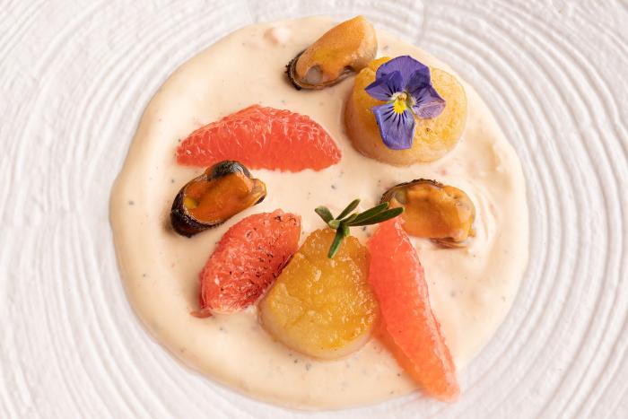 Fruits de mer en sauce de pamplemousse
