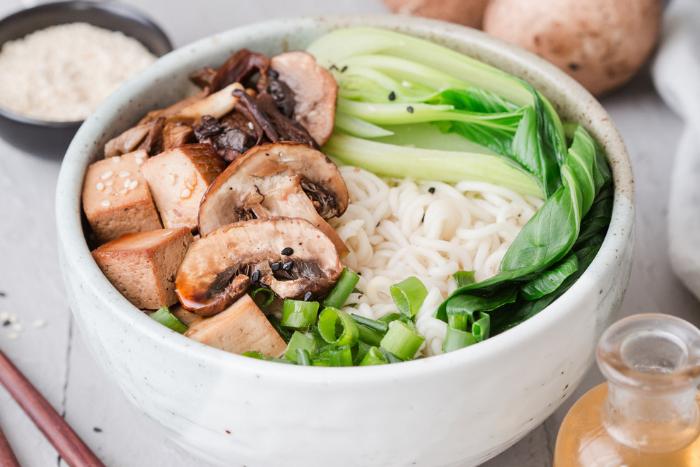 Ramen au tofu mariné