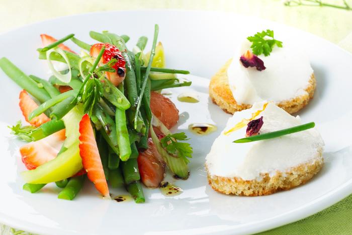 Salade de haricots verts et fraises