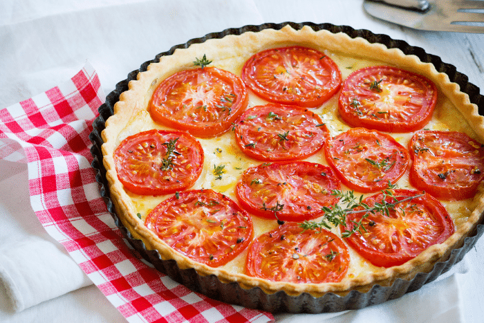Tarte aux tomates et cheddar