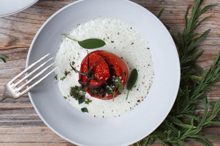Tomates farcies aux légumes