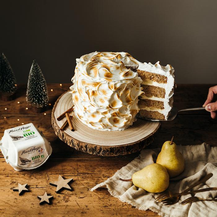 recette de Gâteau de Noël aux épices et aux poires
