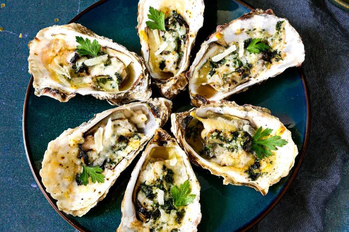 Huîtres gratinées au parmesan et au persil