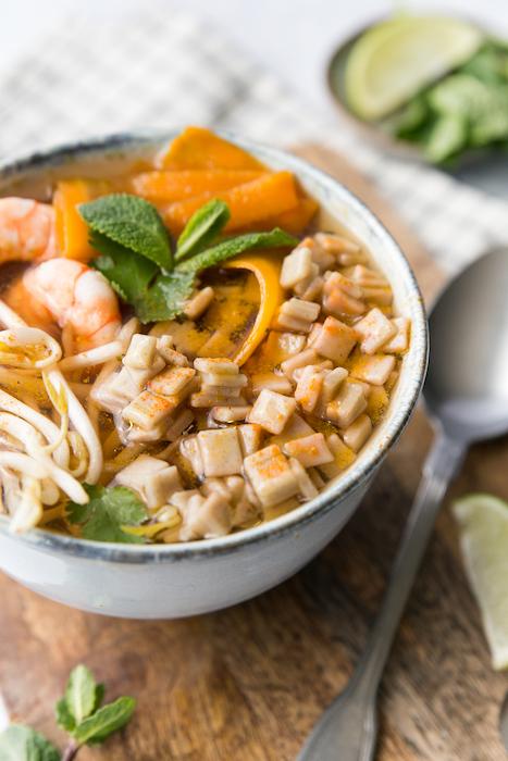 recette de Bouillon asiatique de crozets aux crevettes