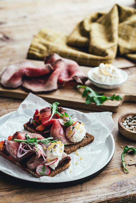 recette de Smørrebrød au rosbeef