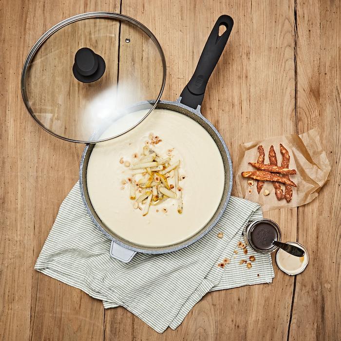 recette de Velouté de céleri-rave à la poire