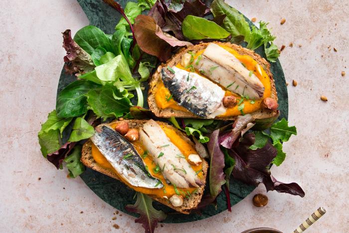 Bruschettas de filets de sardines
