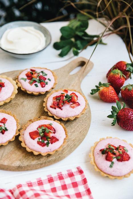 recette de Tartelettes à la mousse de fraises vanillée