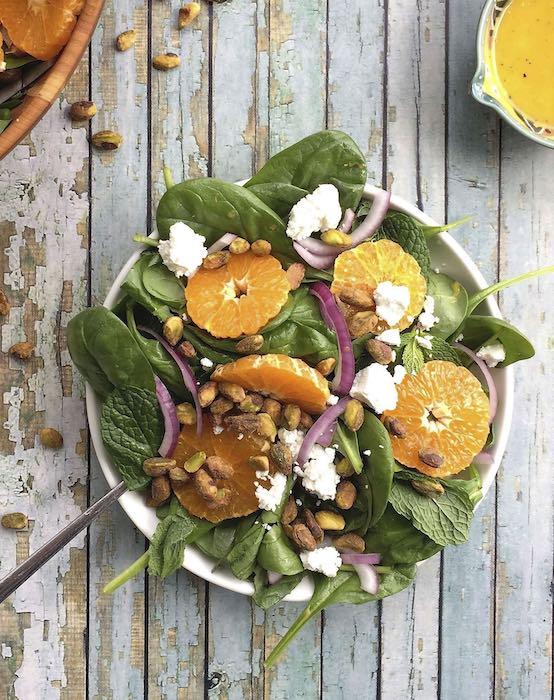 recette de Salade d'épinards aux pistaches et oranges