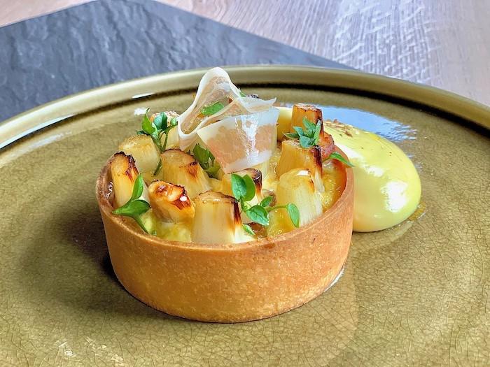 recette de Tarte d'asperges blanches au lard