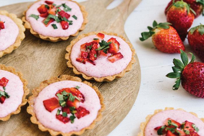 Tartelettes à la mousse de fraises vanillée