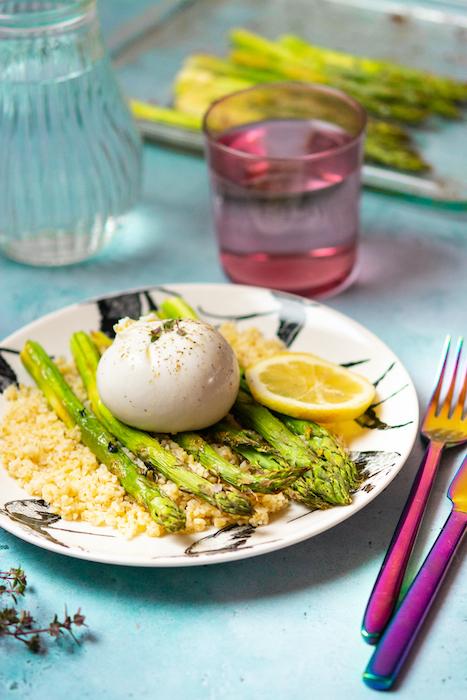 recette de Salade d'asperges à la burrata et au boulghour