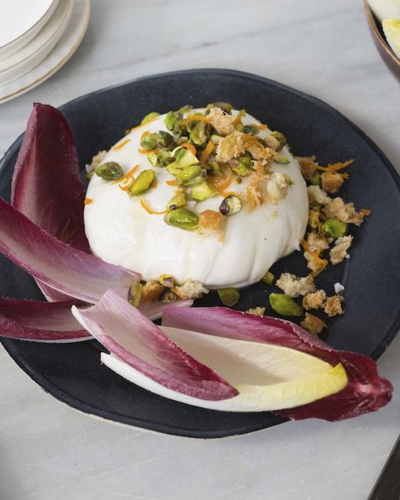 recette de Burrata aux pistaches et endives