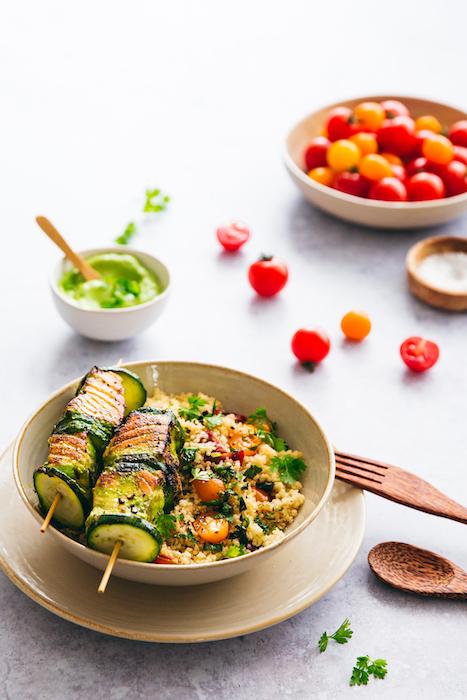 recette de Brochettes de saumon et sauce aux herbes