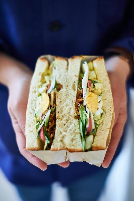 Sandwich oeufs poireau