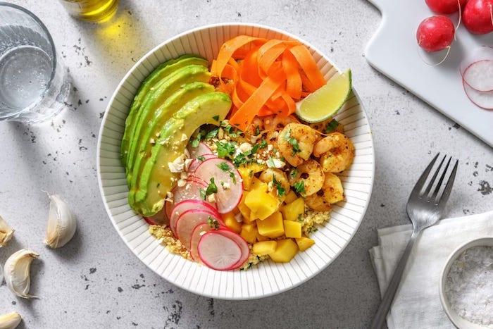 recette de Buddha bowl quinoa crevettes