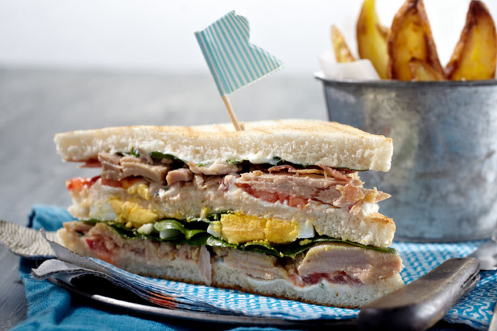 Club sandwich aux filets de thon