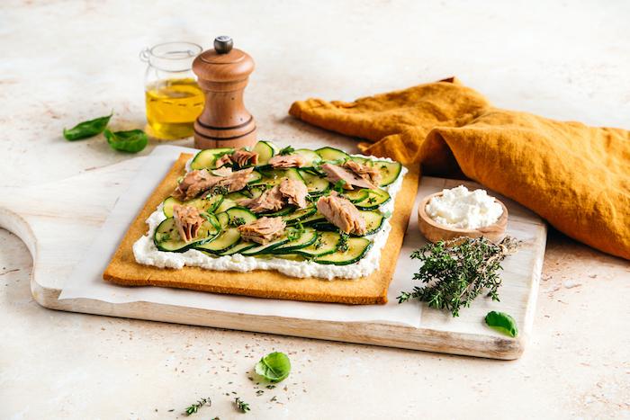 recette de Tarte fine aux courgettes et au thon