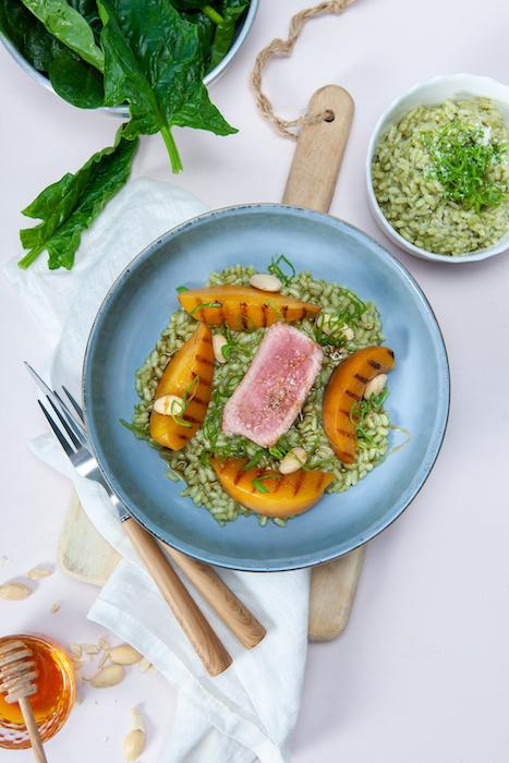 recette de Médaillon de veau aux pêches grillées