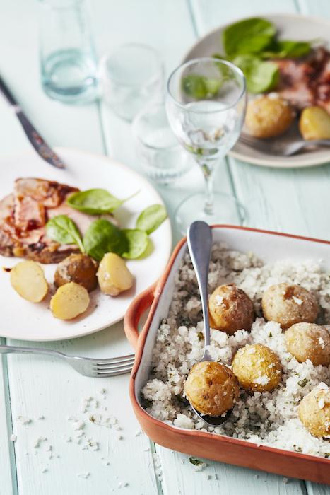 recette de Pommes de terre en croûte de sel