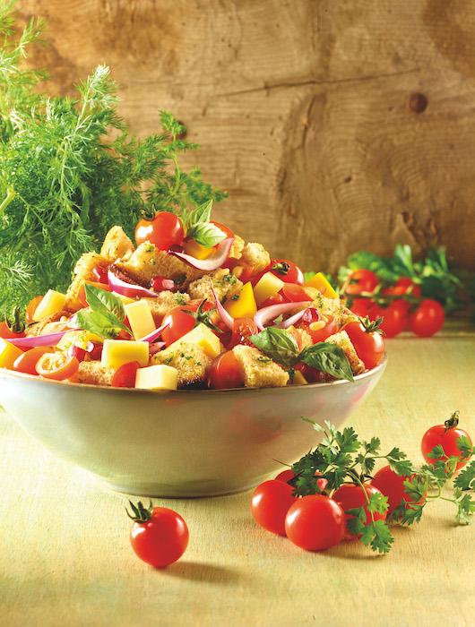 recette de Panzanella au Beaufort et aux nectarines