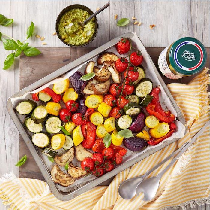 recette de Légumes rôtis et pistou de cornichons