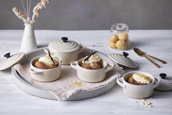 recette de Pêches pochées à la crème d'Amaretto