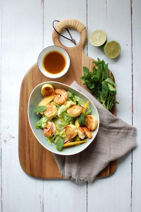 recette de Salade de quenelles de brochet aux crevettes