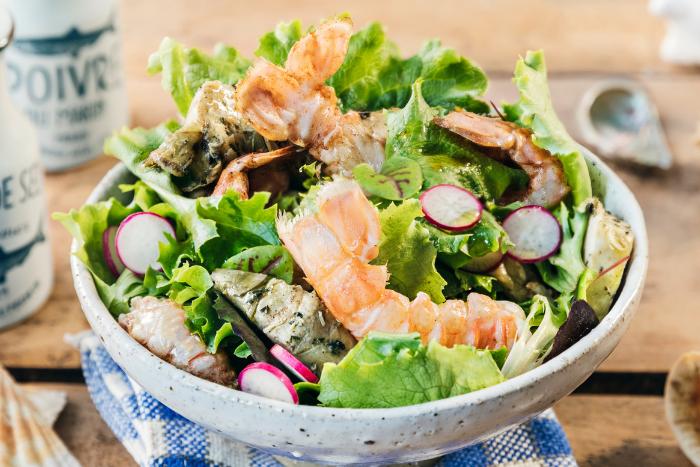 Salade de jeunes pousses aux langoustines