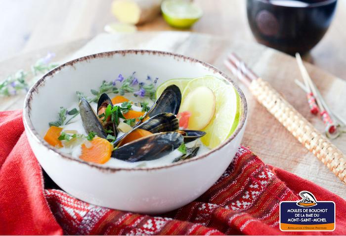 recette de Moules au bouillon coco et citronnelle