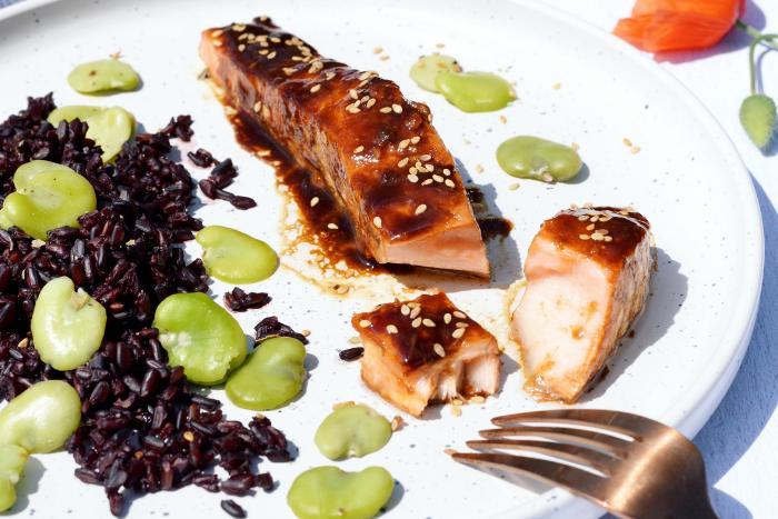 Pavés de saumon caramélisés au vinaigre