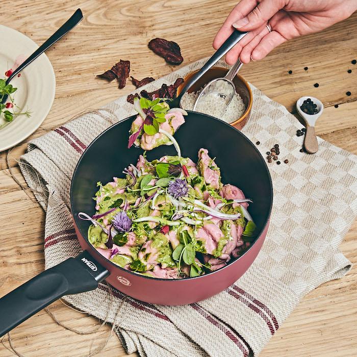 recette de Gnocchis à la betterave et pesto aux amandes