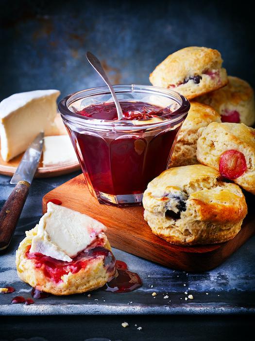 recette de Scones aux raisins et gelée express