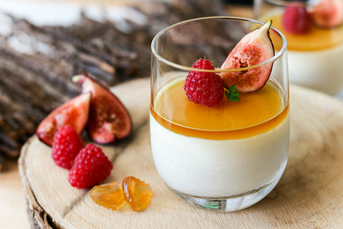 Panacotta vanillée et gelée d'Armagnac